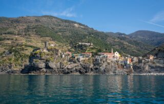 5 Motivi per cui è importante fare un giro in barca per vedere le Cinque Terre.